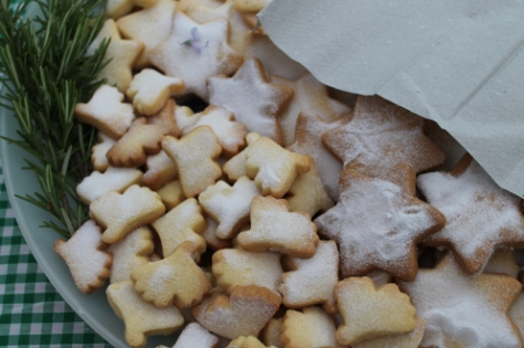 Gingko leaf shaped shortbread, which disappeared faster than leaves in autumn